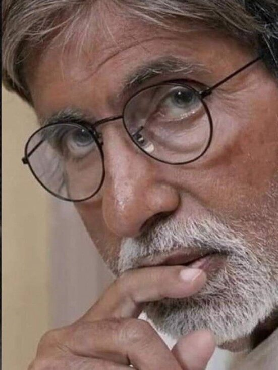 Bomb Scare At Amitabh Bachchan's bungalow? Deets Inside