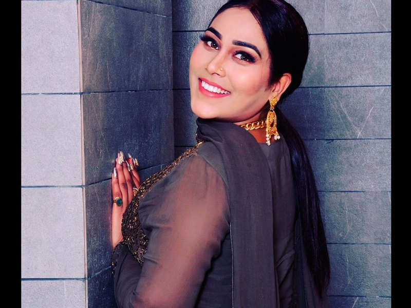 SHOCKING! Afsana Khan steps out of Bigg Boss 15 House
